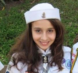 Ana Clara usando caxangá