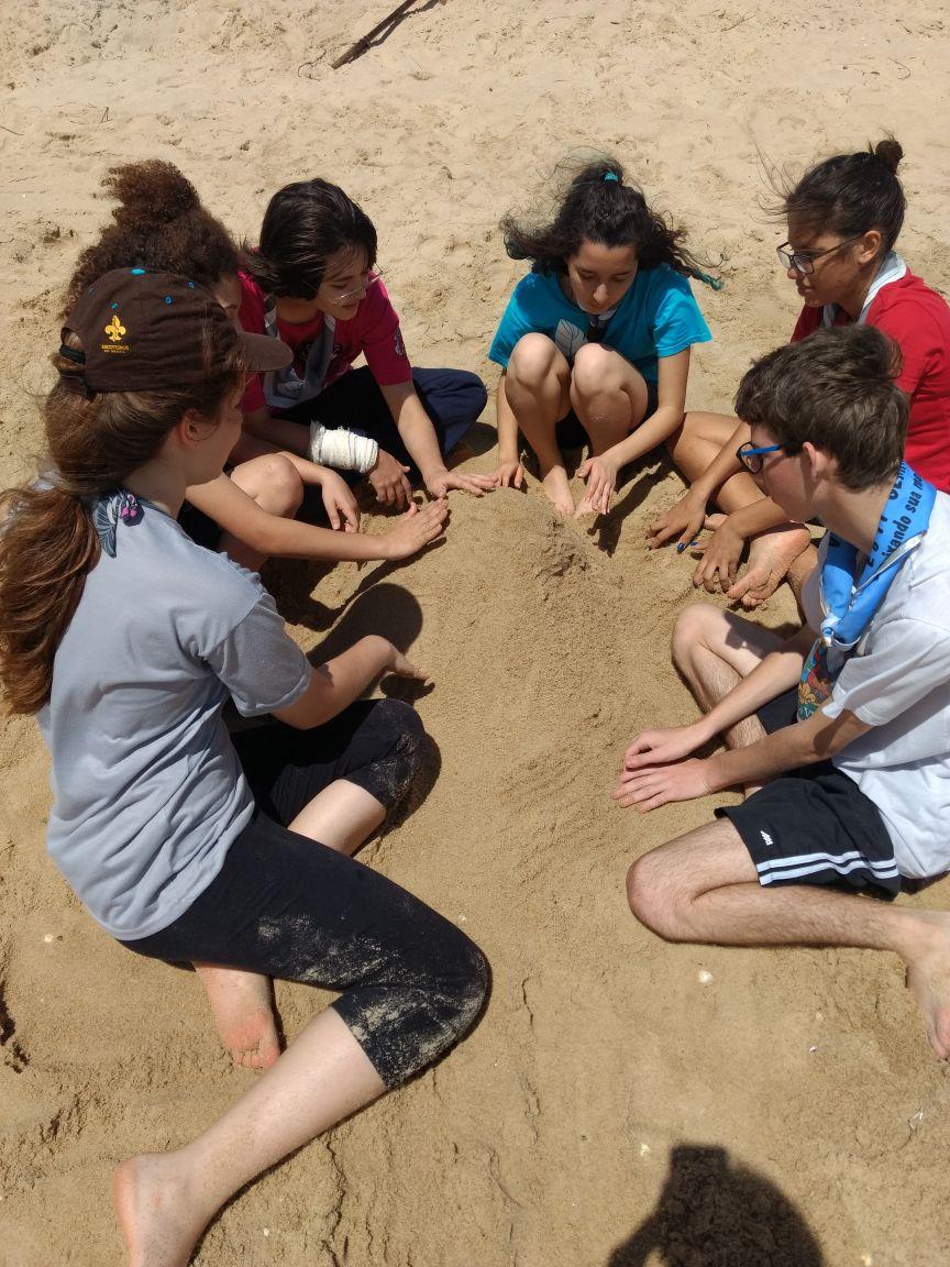 Rede social na areia